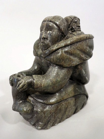 Elisapee, Mother and child with kamik Stone