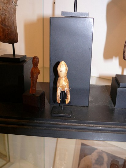 Alaskan Antiquities Anonymous, Doll with pointed head and two arms, no body Early 19th century